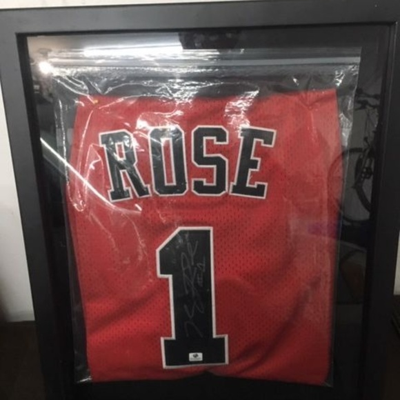 uk availability 53087 69d43 Derrick Rose signed Chicago Bulls NBA autographed NWT